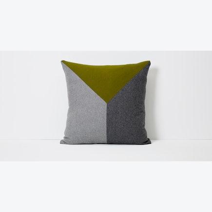 Tucker Pillow