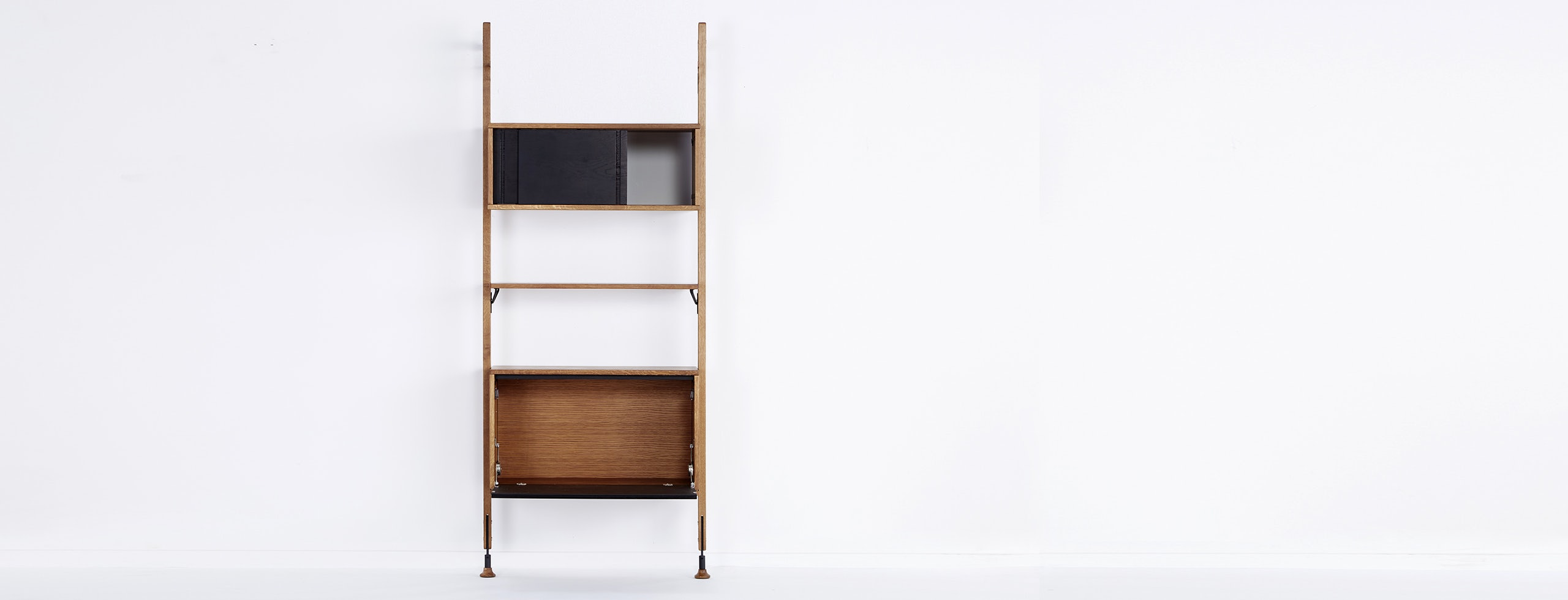Dexter Modular Shelf With Cabinet